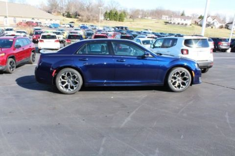 New 2017 Chrysler 300 S RWD 4D Sedan