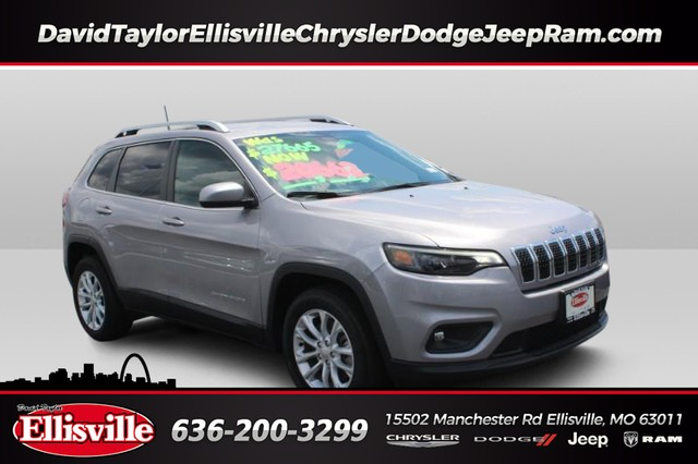 Pre-Owned 2019 Jeep Cherokee 2WD Latitude