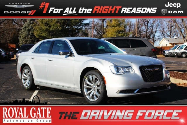 Royal Gate Dodge >> Certified Pre Owned 2019 Chrysler 300 Touring Sedan For Sale