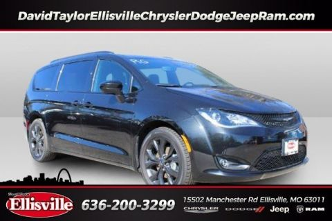 New 2019 CHRYSLER Pacifica Touring L Plus 35th Anniversary